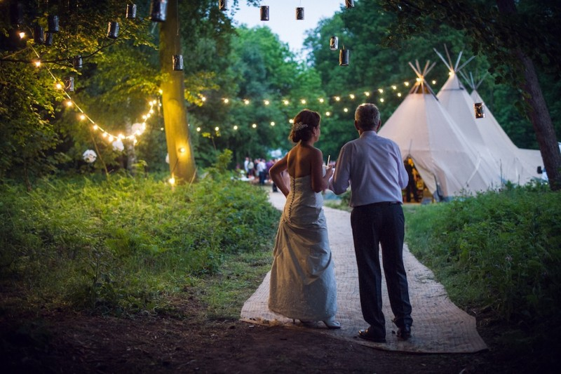 the woodland wedding of claire amp andrew papak229ta teepees