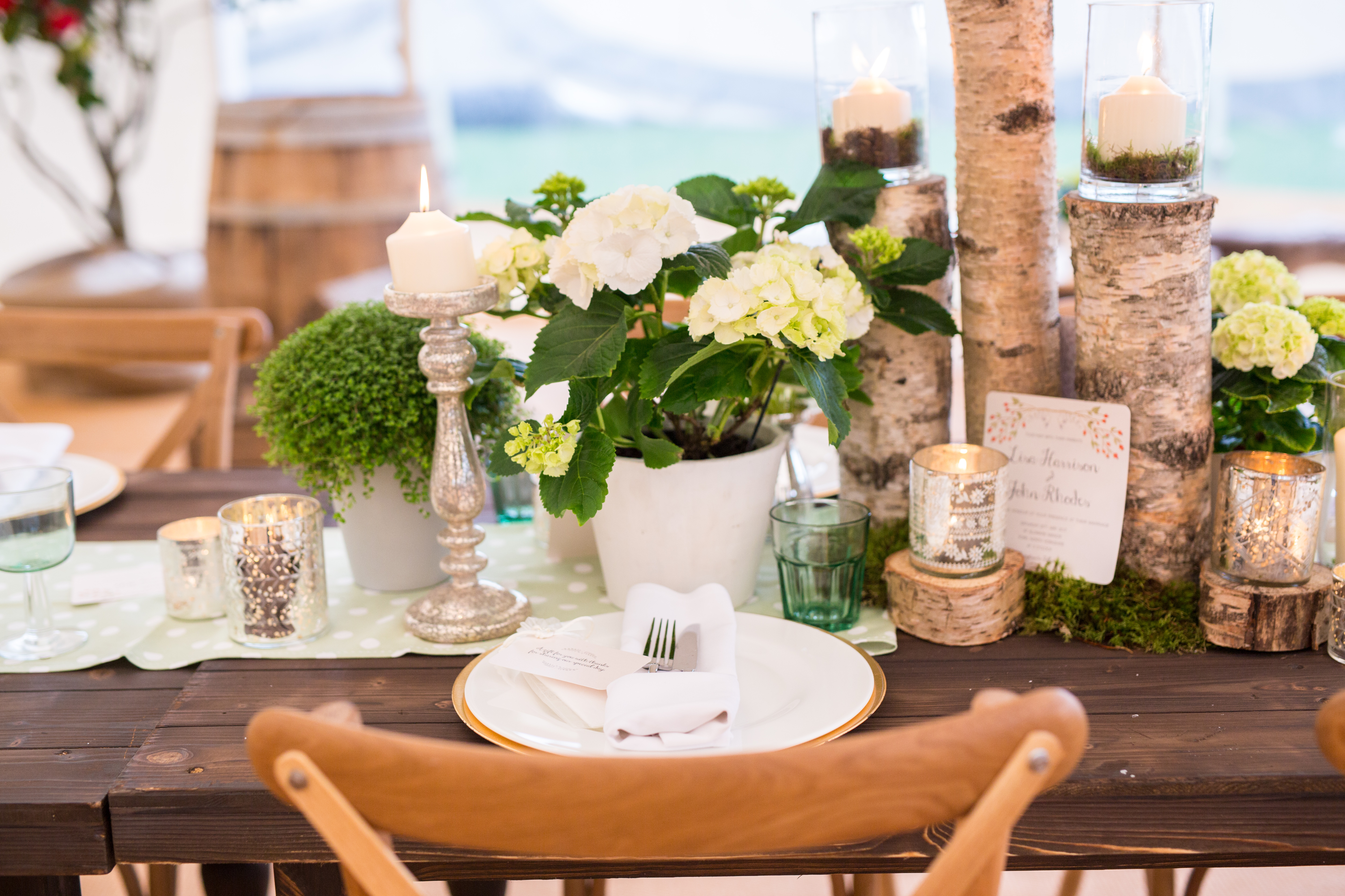 Stunning tablescapes by Hart Company & hand-painted stationery by Rigby Design House