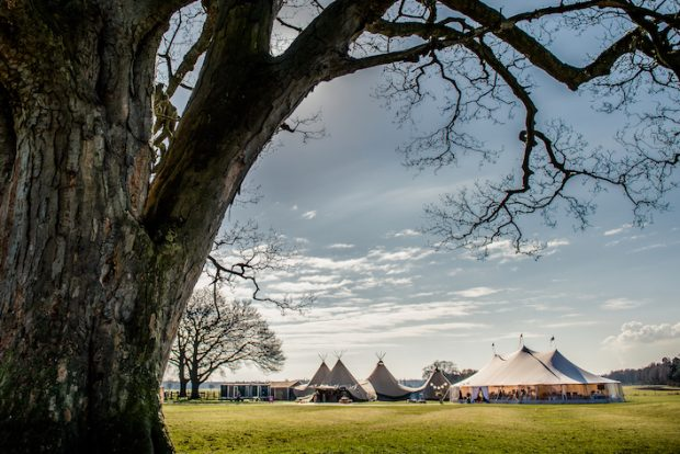 PapaKåta Sperry & Teepees set up at Escrick Park Estate, Image by Dominic Wright Photography