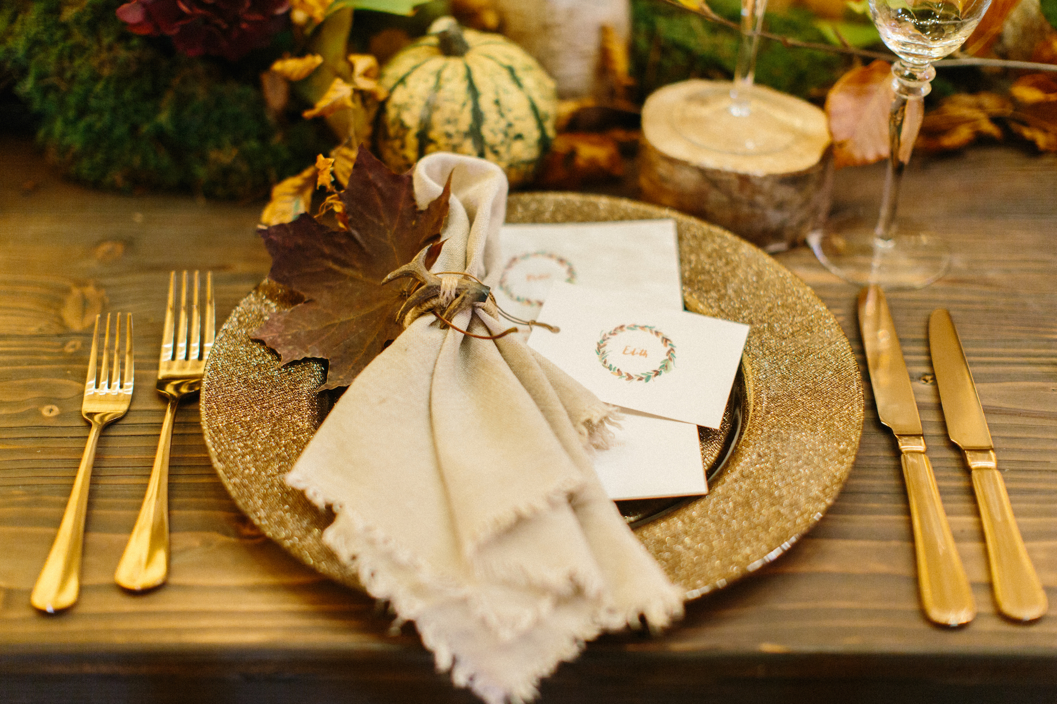 PapaKata Autumn Open Weekend: Teepee Tablescape with Pocketful of Dreams, Plewsy Stationery, Rose & Spade Flowers, WhiteHouse Event Crockery captured by Melissa Beattie