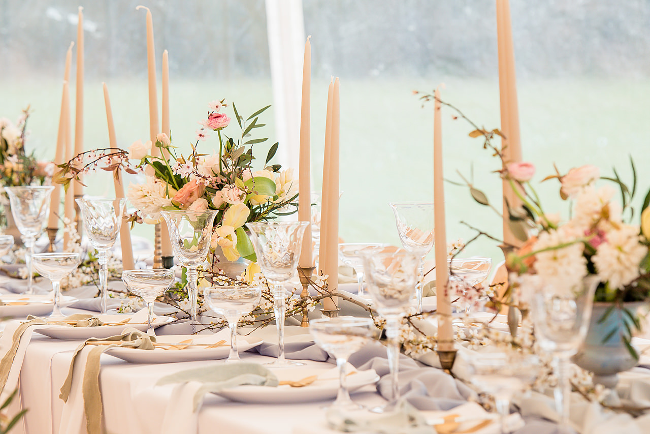 PapaKåta Sperry Tent Tablescape by Dominic Wright Photography