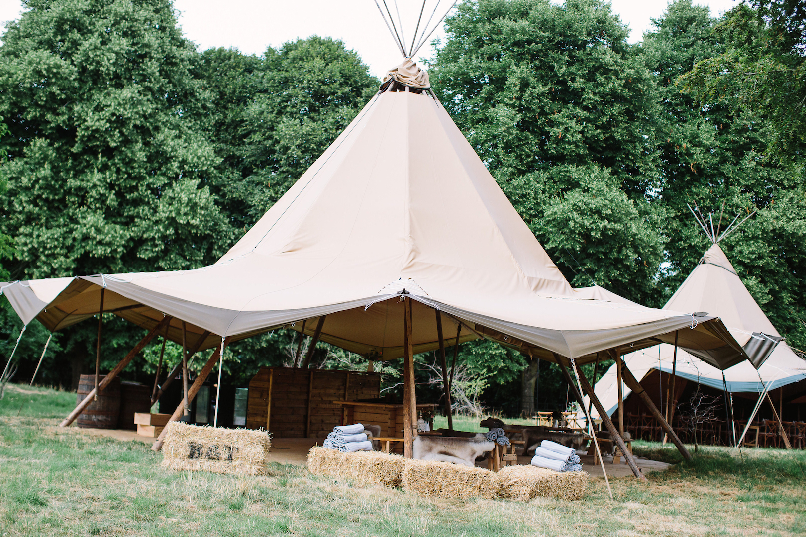 Brennan & Tom's PapaKåta Teepee Wedding, Cornwell Manor: Witches Hat