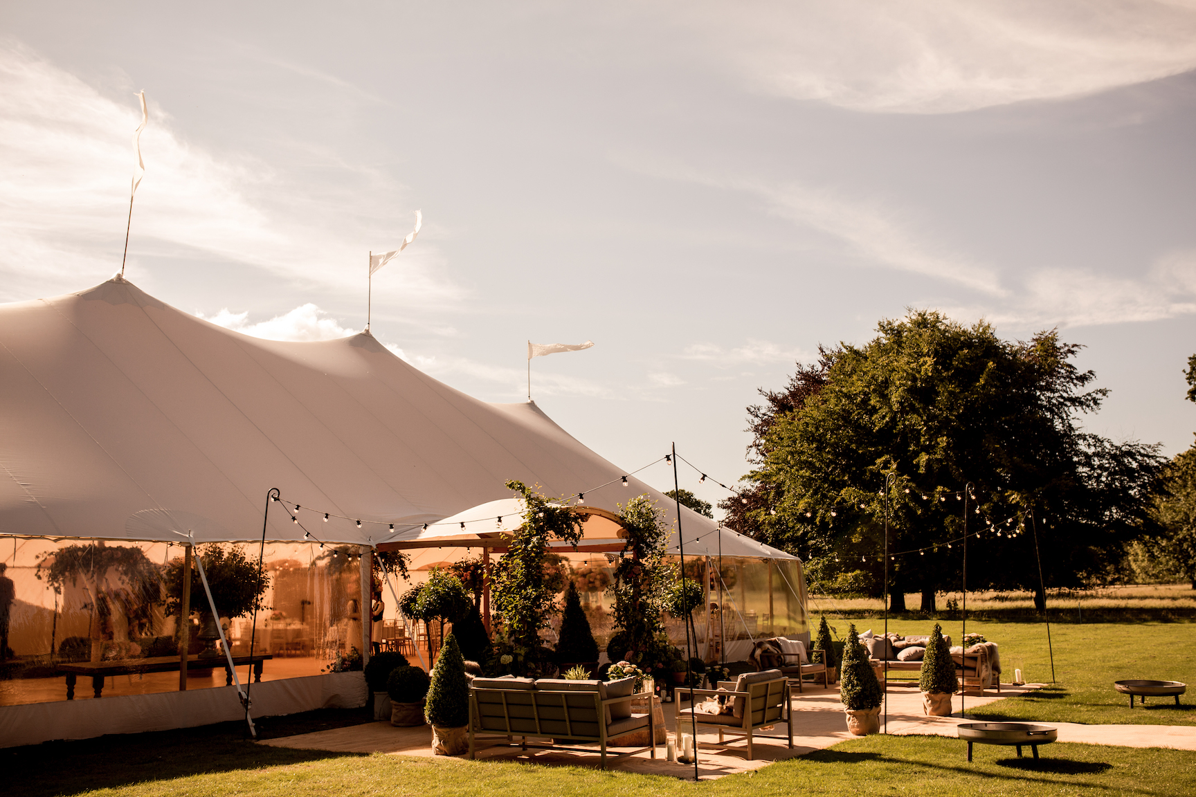 PapaKåta Sperry Tent Wedding with Lucy Wright Wedding & Events. Image by Alistair Freeman Photography