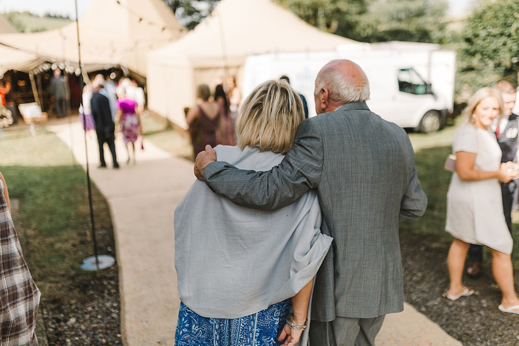 PapaKata Chilled DIY Festival Inspired Teepee Wedding Captured by Anna Wood Photography- Making an entrance