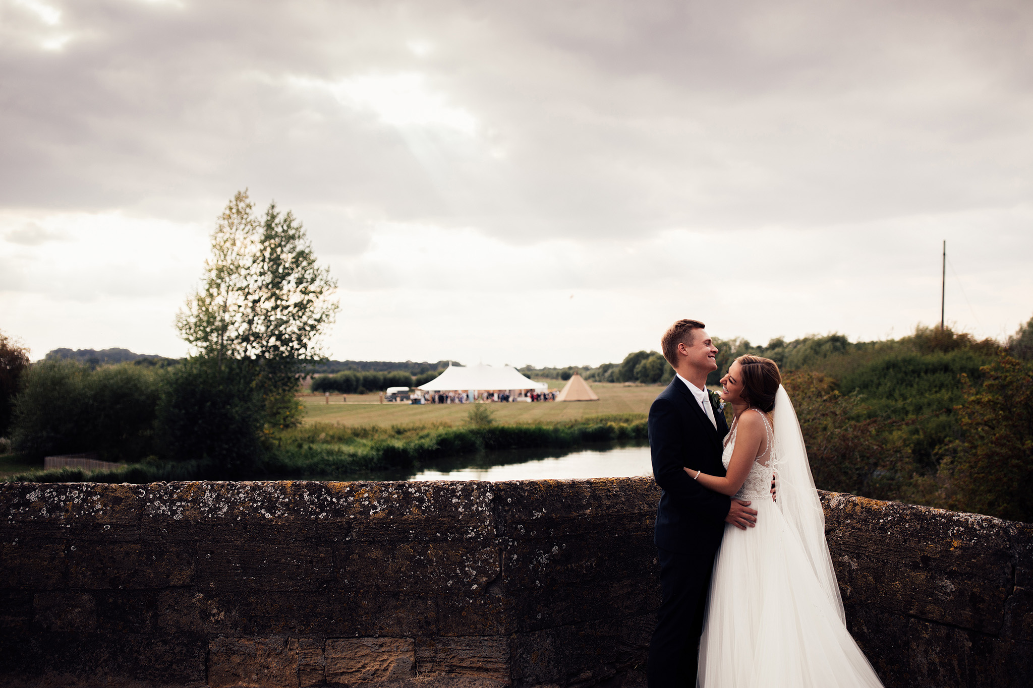 PapaKåta Sperry Wedding in Oxfordshire by Harry Michael Photography- The new Mr & Mrs
