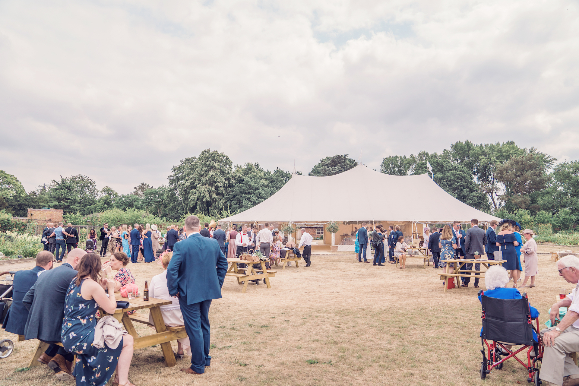 PapaKåta couple Louise & Alex's Sperry Wedding at Elford Hall Garden, Staffordshire captured by Jessica Raphael Photography- Sperry Tent exterior