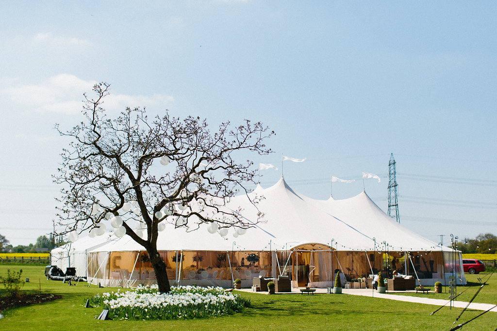 PapaKåta couple Georgina & Steve Sperry Tent Wedding in Barnby Dun, Doncaster captured by Melissa Beattie- Sperry Tent with Sperry Archway
