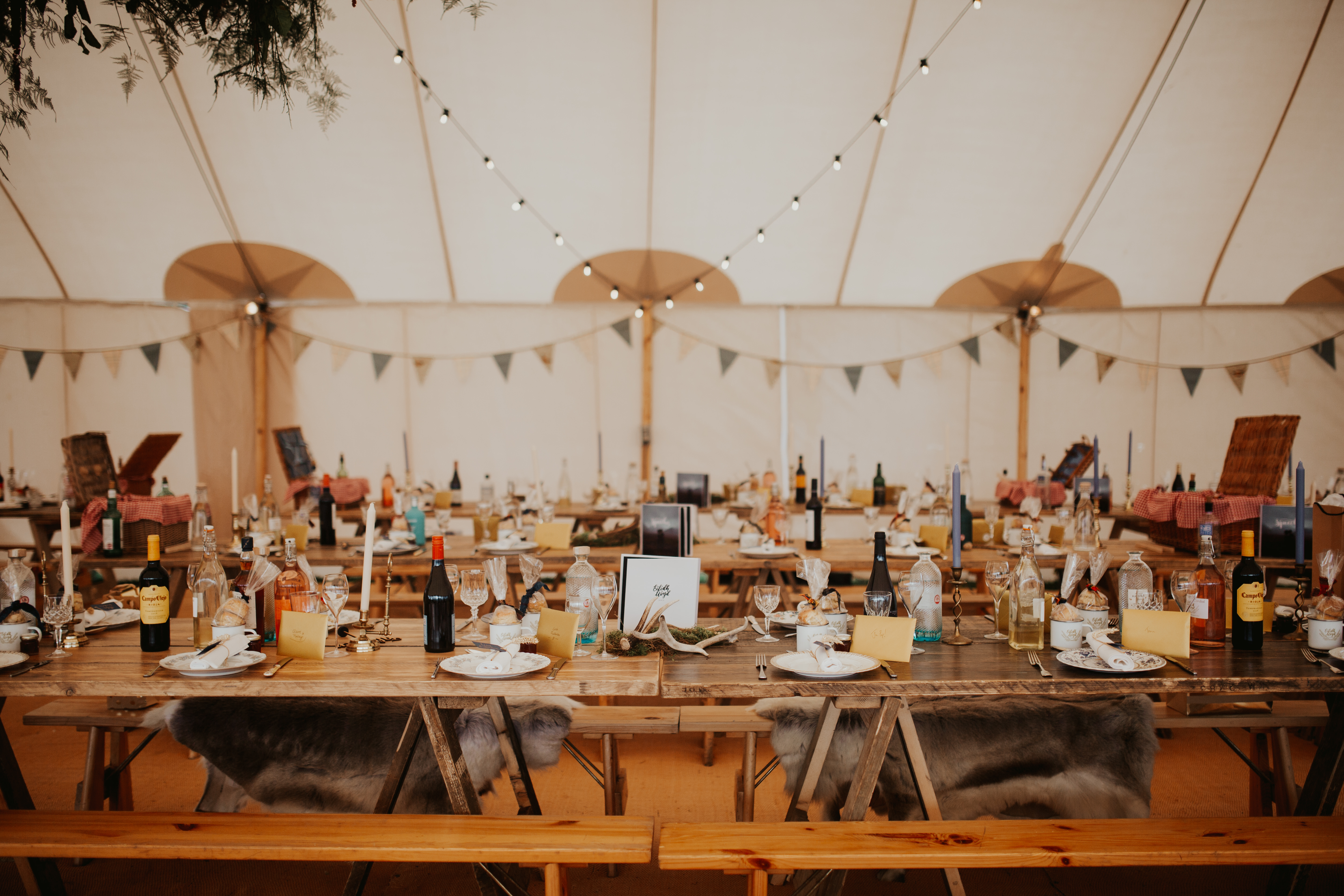 PapaKåta couple Eilidh & Lloyd's Sperry Wedding in Glenfarg, Perthshire captured by Colin Ross Photography- Sperry Tent interior