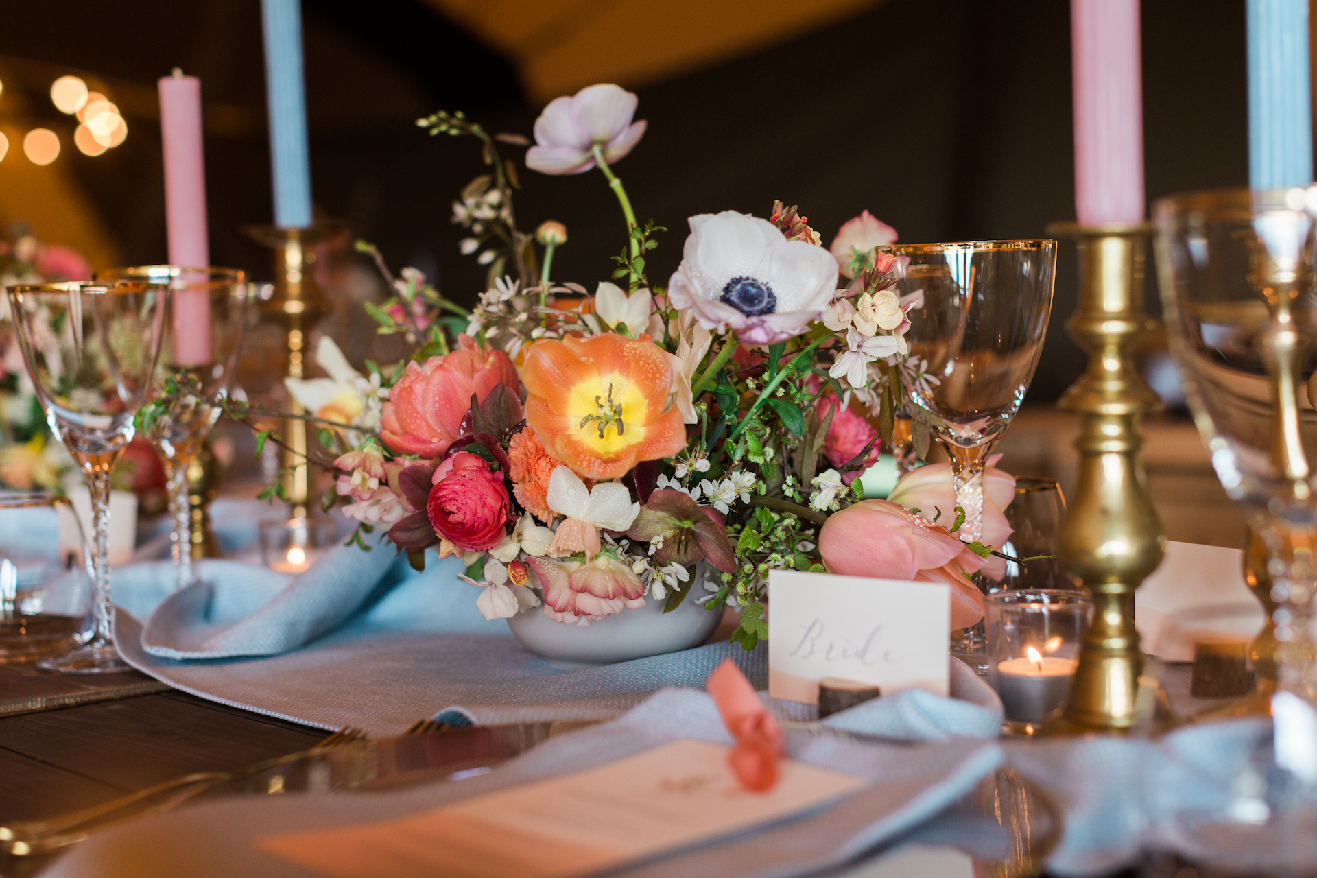 PapaKåta Spring Open Weekend Teepee captured by Lucy Davenport Photography: Floral Centrepiece by Aelisabet Flowers