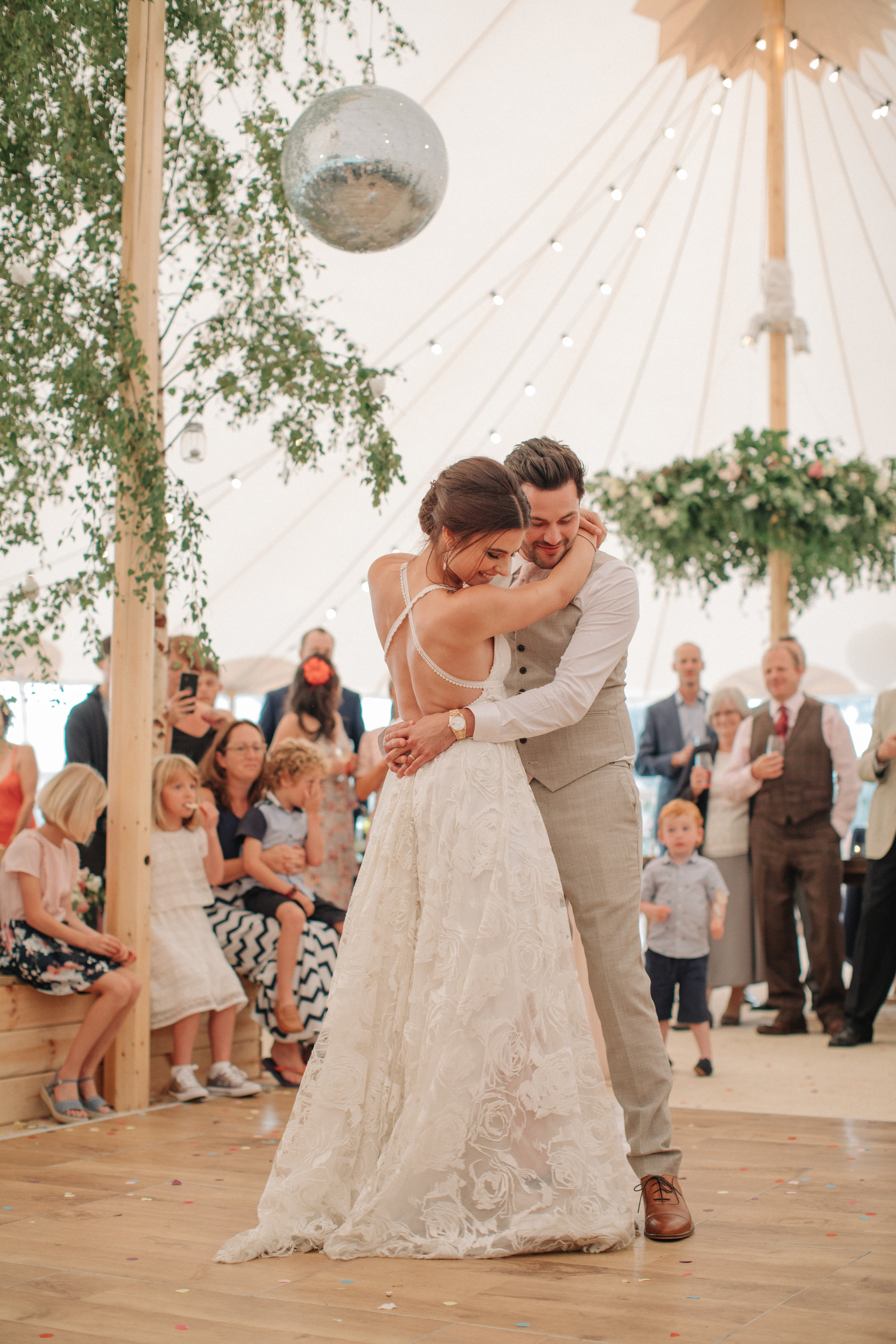 Steph & Ed's PapaKåta Sperry Tent wedding at home in Nottingham captured by M & J Photography: The First Dance
