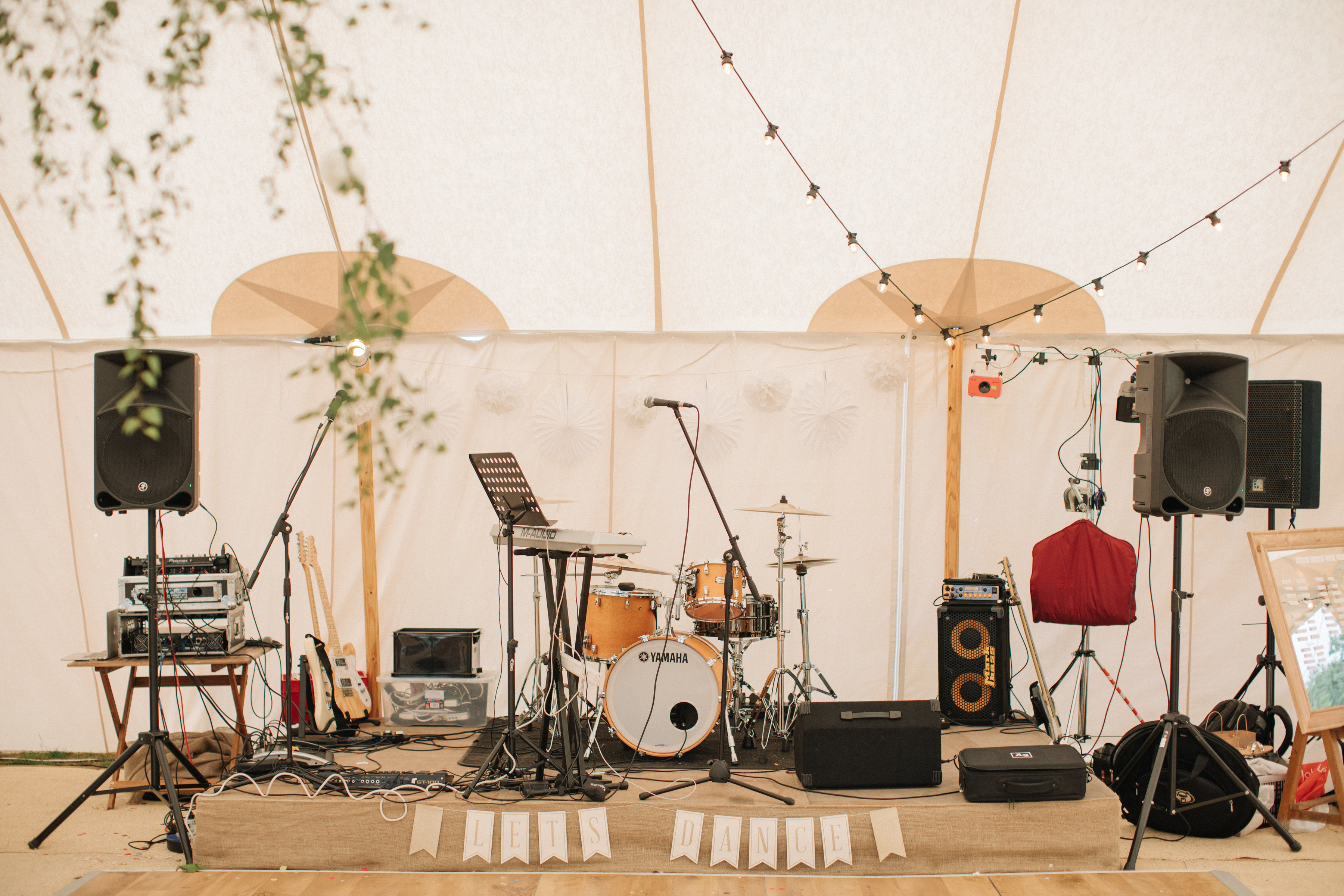 Steph & Ed's PapaKåta Sperry Tent wedding at home in Nottingham captured by M & J Photography: Wedding Band