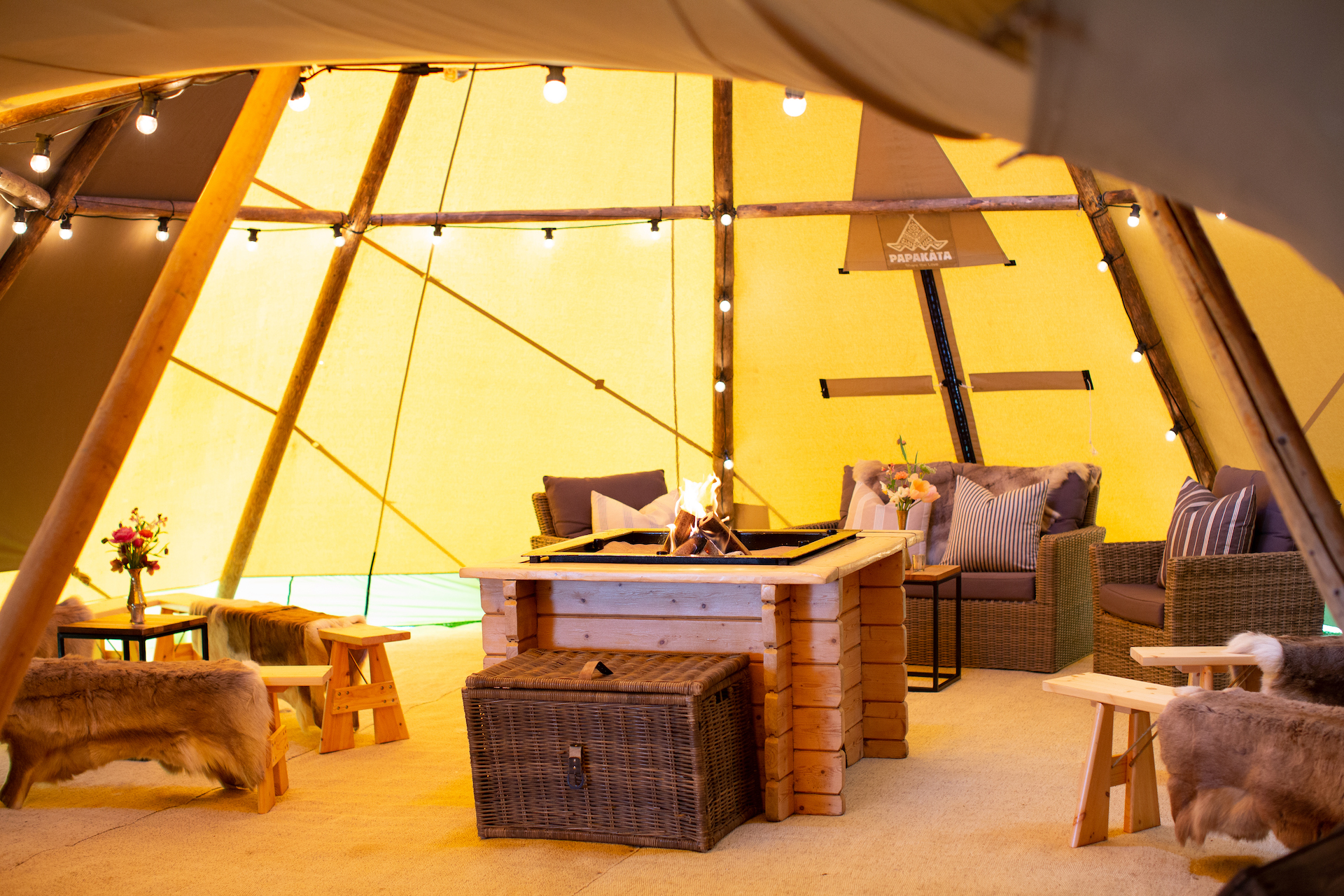 PapaKåta Spring Open Weekend Teepee captured by Lucy Davenport Photography: PapaKåta Kung Furnishing Package